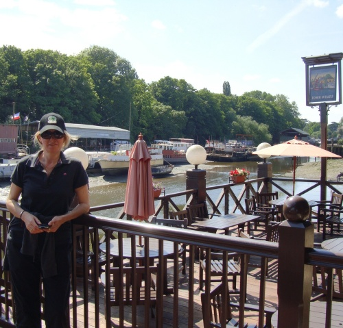 Two famous pubs needs sidestepping if pne is to reach your destination; The London Apprentice followed shortly by  friendly greetings of the locals at The Town Wharf.