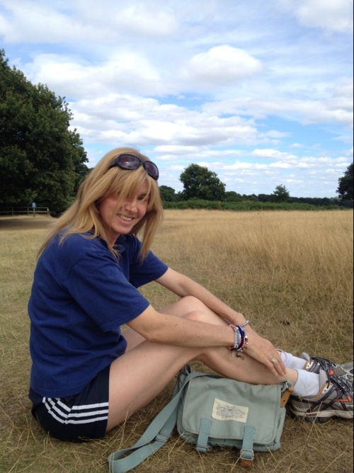 Sunday afternoon in Richmond park. Sunshine and the luxury of more time calls for a faster pace and longer distance. (photo - worklondonstyle)