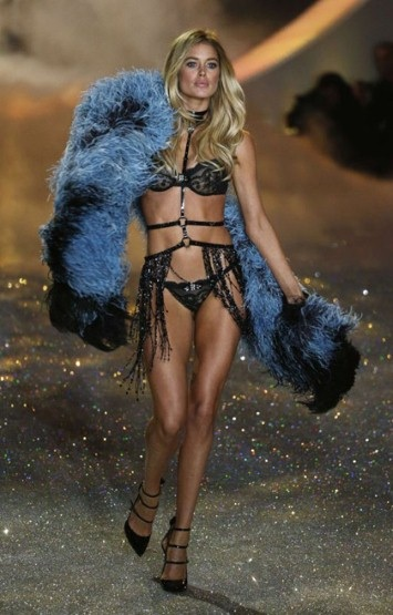 Dutch model Doutzen Kroes is a veteran of the show. (photo- Reuters)